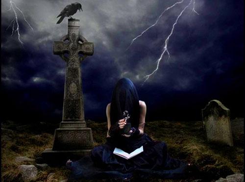 Особенности обрядов с кладбищенской землей. Как защититься и нанести ответный удар?   Vedma-na-kladbishche