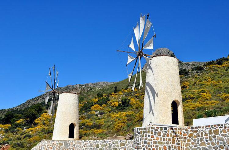 мельницы возле Плато Лассити