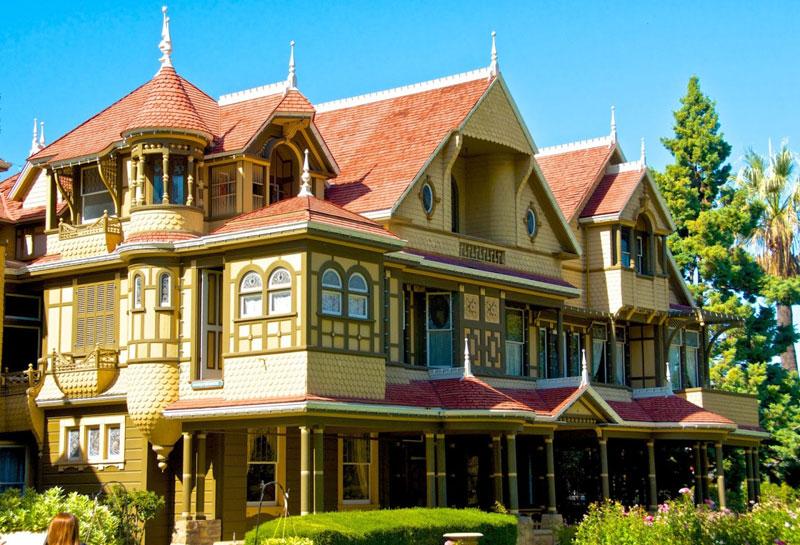 Дом Винчестеров в Калифорнии