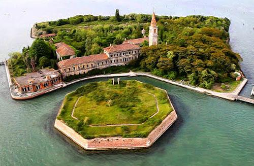 Остров Повеглия в Италии