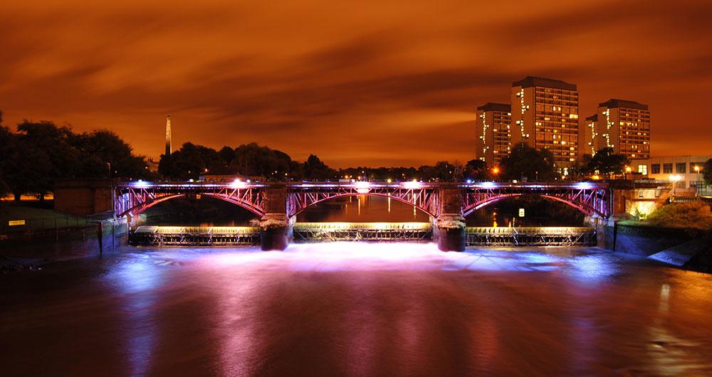 мост в городе Глазго