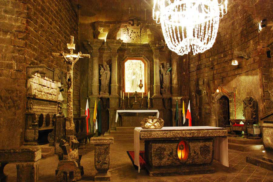 Соляная церковь в шахте Величка