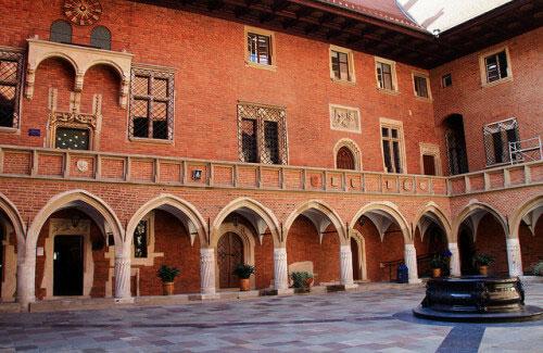 здание Collegium Maius