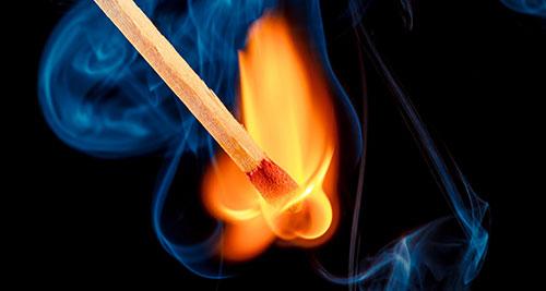 огонь на спичках