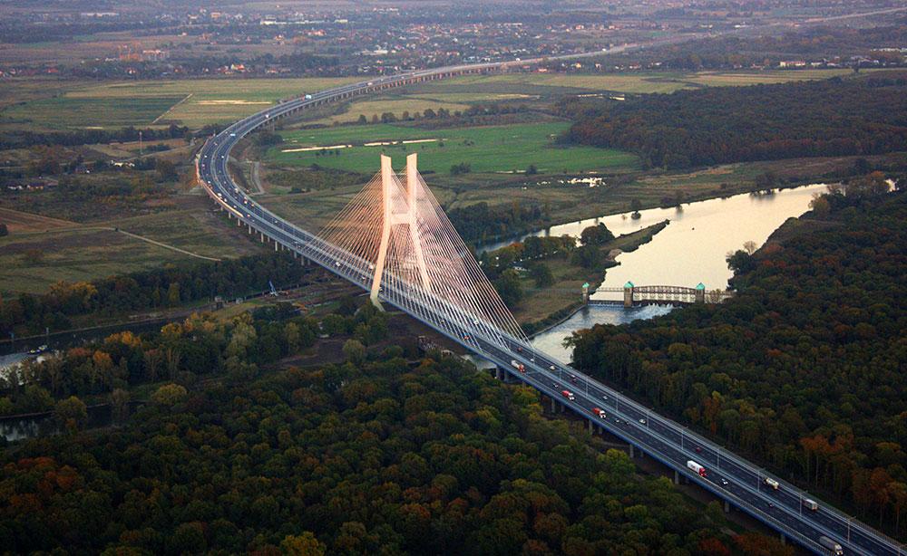 Рендзинский подвесной мост во вроцлаве