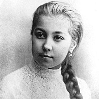 Елена Блаватская в юности