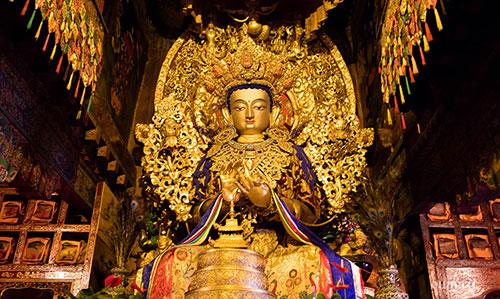 Будда в монастыре Джоканг