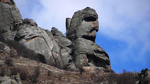Камни долины привидений
